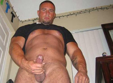 gay muscle hunk stud shows big cock