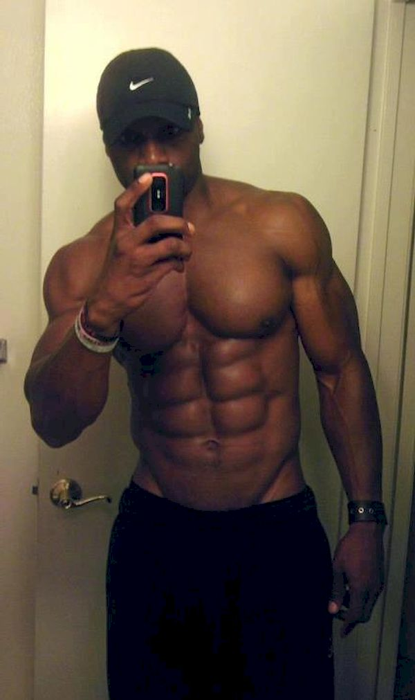 black male nude selfies